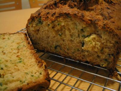 Zucchini_bread2